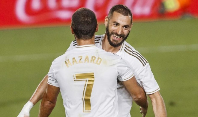 Real Madrid wins as Benzema stars